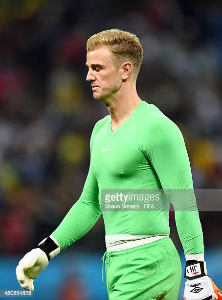 Joe Hart of England looks dejected after 21 defeat by Uruguay in the 2014 FIFA World Cup Brazil Group D match between Uruguay and England at Arena de...