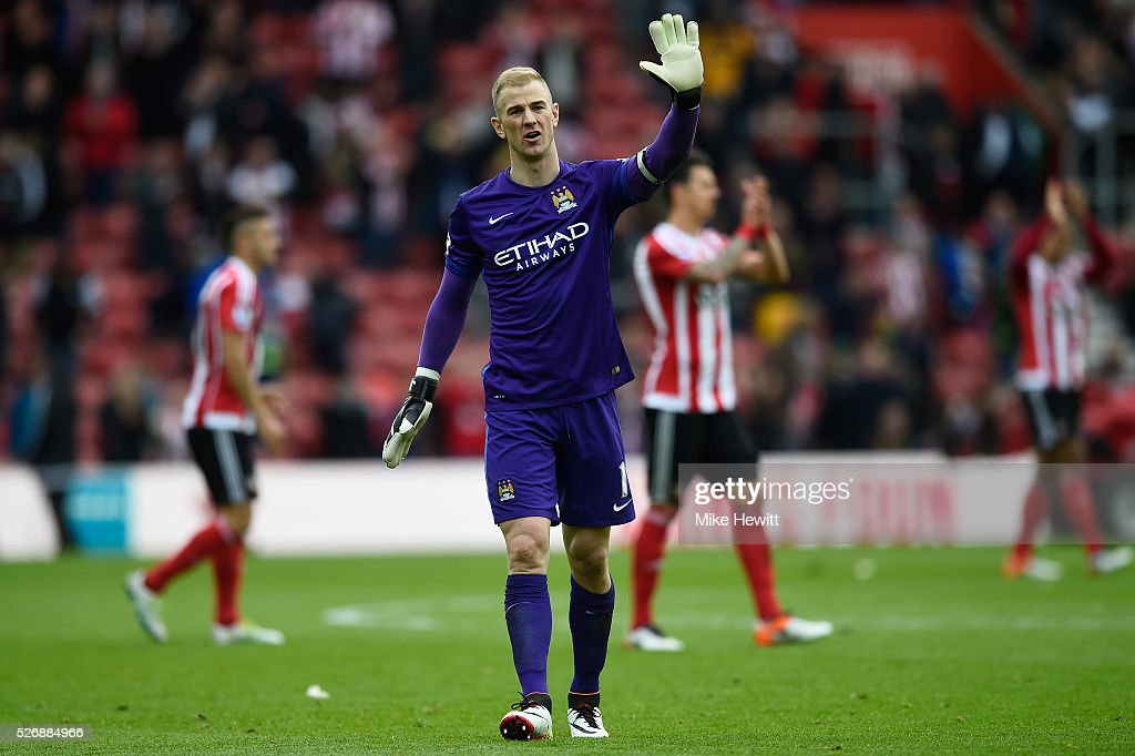 Joe Hart of Manchester City acknowledges the fans after the Barclays Premier League match between Southampton and Manchester City at St Mary's Stadium on May 1, 2016 in Southampton, England.