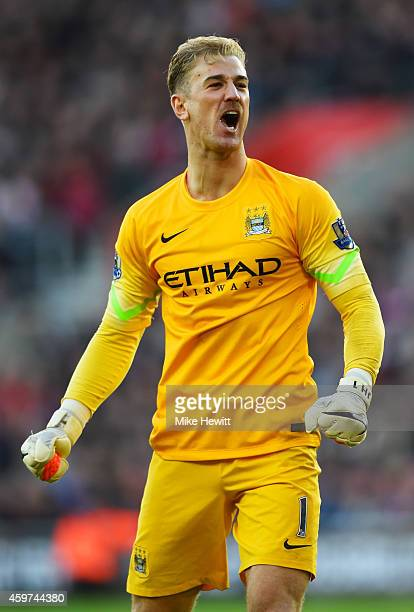 Joe Hart of Manchester City celebrates during the Barclays Premier League match between Southampton and Manchester City at St Mary's Stadium on...
