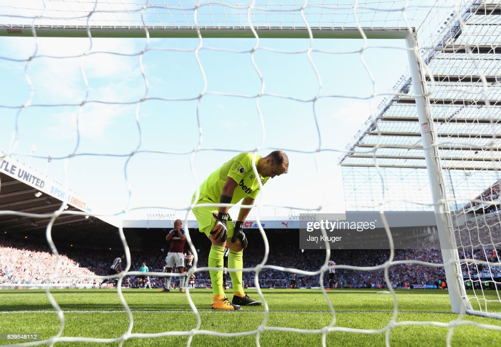 Joe Hart of West Ham United reacts to letting a third goal in during the Premier League match between Newcastle United and West Ham United at St. James Park on August 26, 2017 in Newcastle upon Tyne, England.