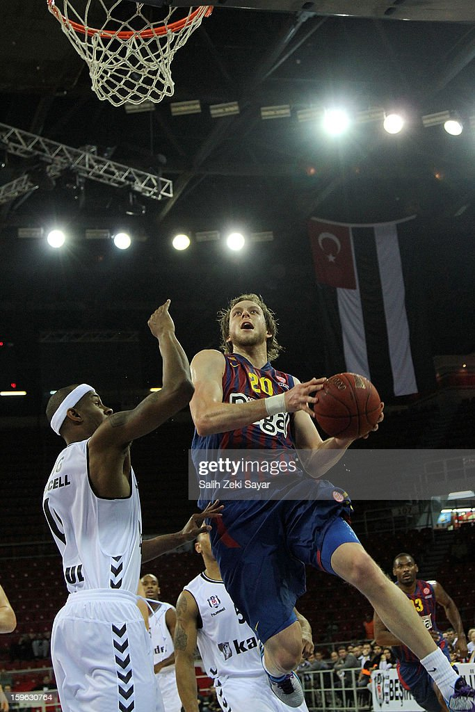 Joe Ingles #20 of FC Barcelona Regal in action during the 2012-2013 Turkish Airlines Euroleague Top 16 Date 4 between Besiktas JK Istanbul v FC Barcelona Regal at Abdi Ipekci Sports Arena on January 17, 2013 in Istanbul, Turkey.