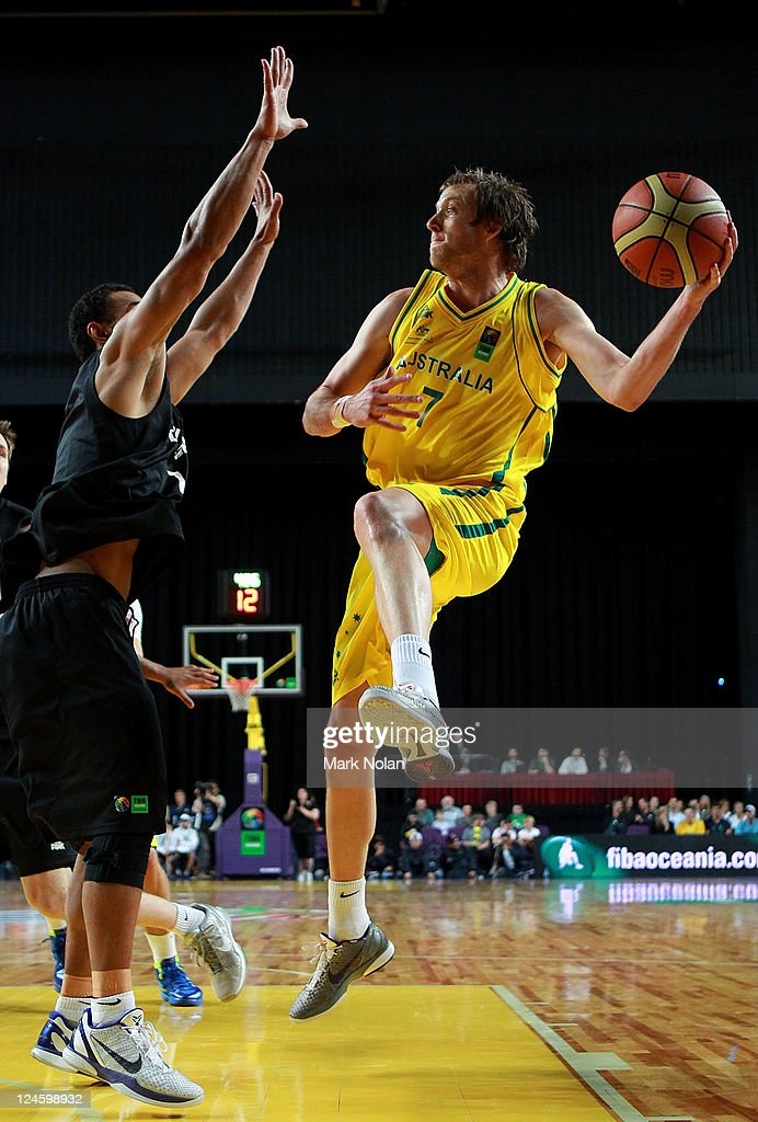 <a gi-track='captionPersonalityLinkClicked' href=/galleries/search?phrase=Joe+Ingles&family=editorial&specificpeople=3868025 ng-click='$event.stopPropagation()'>Joe Ingles</a> of the Boomers in action during the third match between the Australian Boomers and the New Zealand Tall Blacks at Sydney Entertainment Centre on September 11, 2011 in Sydney, Australia.