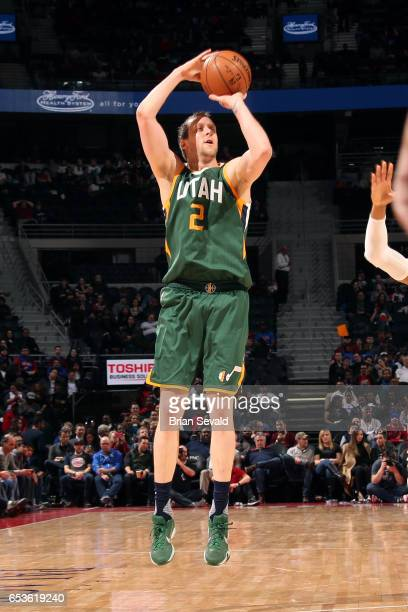 Joe Ingles of the Utah Jazz shoots the ball during the game against the Detroit Pistons on March 15 2017 at The Palace of Auburn Hills in Auburn...