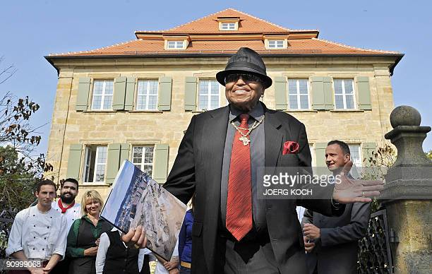 Joe Jackson father of late Michael Jackson eaves the Atzelsberg castle in Marloffstein near Erlangen southern Germany on September 21 where he gave a...