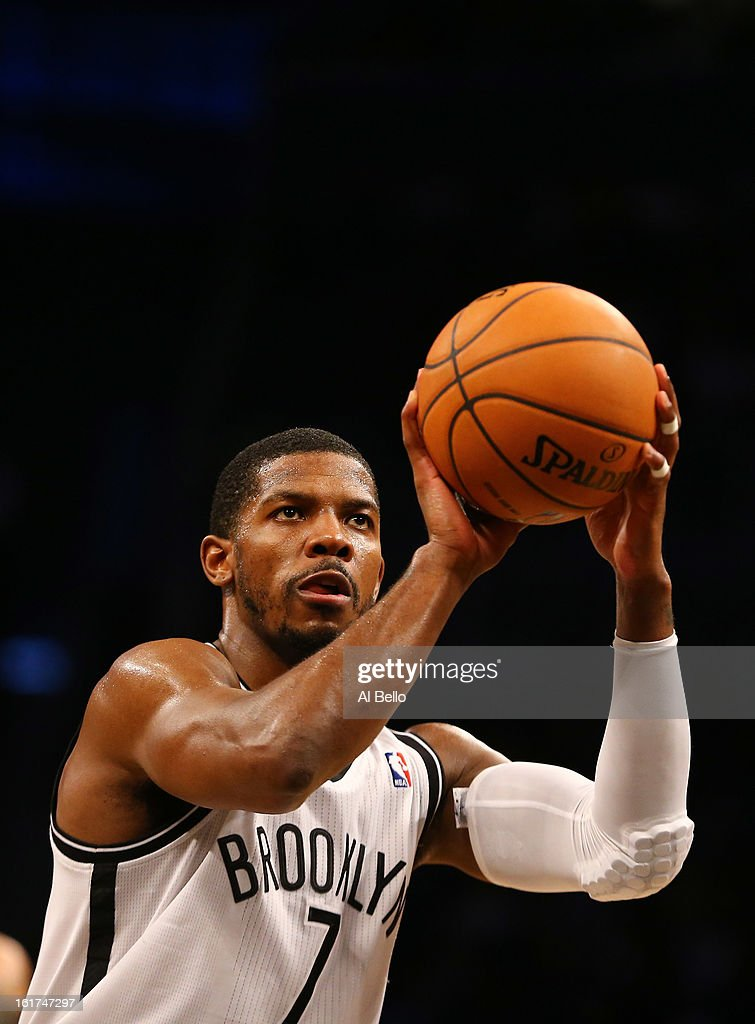 <a gi-track='captionPersonalityLinkClicked' href=/galleries/search?phrase=Joe+Johnson+-+Jogador+de+basquetebol&family=editorial&specificpeople=201652 ng-click='$event.stopPropagation()'>Joe Johnson</a> #7 of the Brooklyn Nets in action against the Orlando Magic during their game at the Barclays Center on January 28, 2013 in the Brooklyn borough of New York City.
