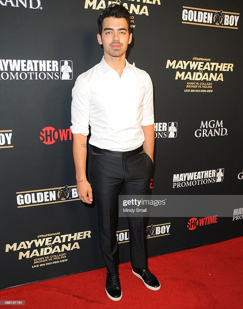 <a gi-track='captionPersonalityLinkClicked' href=/galleries/search?phrase=Joe+Jonas&family=editorial&specificpeople=842712 ng-click='$event.stopPropagation()'>Joe Jonas</a> attends the Mayweather Vs. Maidana Pre-Fight Party Presented By Showtime at MGM Garden Arena on May 3, 2014 in Las Vegas, Nevada.