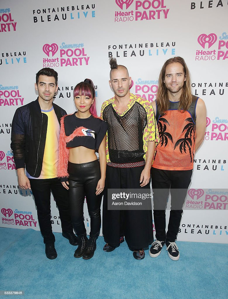 IHeartRadio Summer Pool Party 2016 - Red Carpet