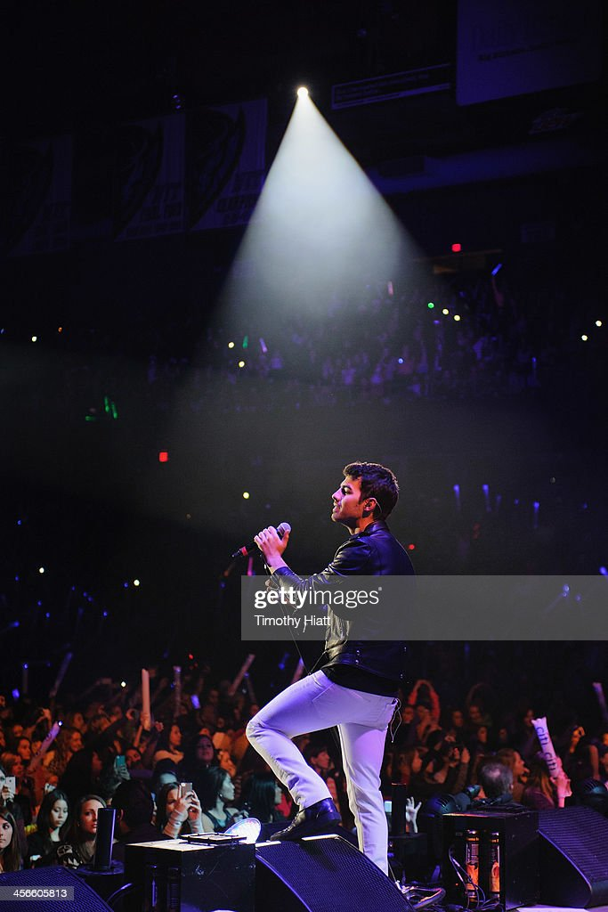 Joe Jonas performs during the B96 Pepsi Jingle Bash at Allstate Arena on December 14, 2013 in Chicago, Illinois.