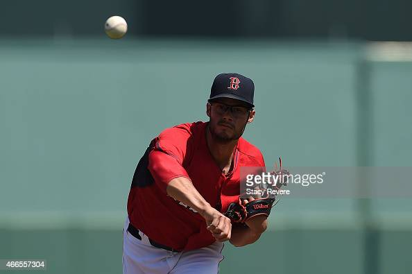 Joe Kelly of the Boston Red Sox throws a pitch during a spring training game against the New York Mets at JetBlue Park at Fenway South on March 16...