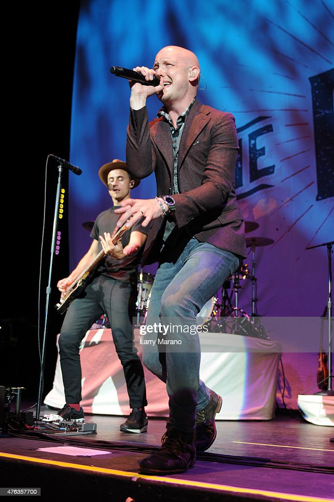 Train Performs At Coral Sky Amphitheatre