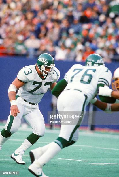 Joe Klecko of the New York Jets in action against the Tampa Bay Buccaneers during an NFL football game at Giant Stadium November 17 1985 in East...