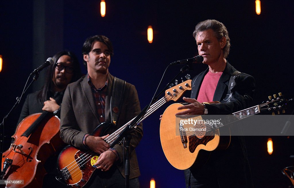 Joe Kwon - Avett Brothers, Randy Travis and Scott Avett perform during CMT Crossroads: The Avett Brothers And Randy Travis tape at The Factory, Liberty Hall in Franklin, Tennessee on October 24, 2012 The Avett Brothers And Randy Travis airs only on CMT November 23rd 2012