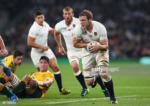 Joe Launchbury of England charges upfield during the 2015 Rugby World Cup Pool A match between England and Australia at Twickenham Stadium on October...