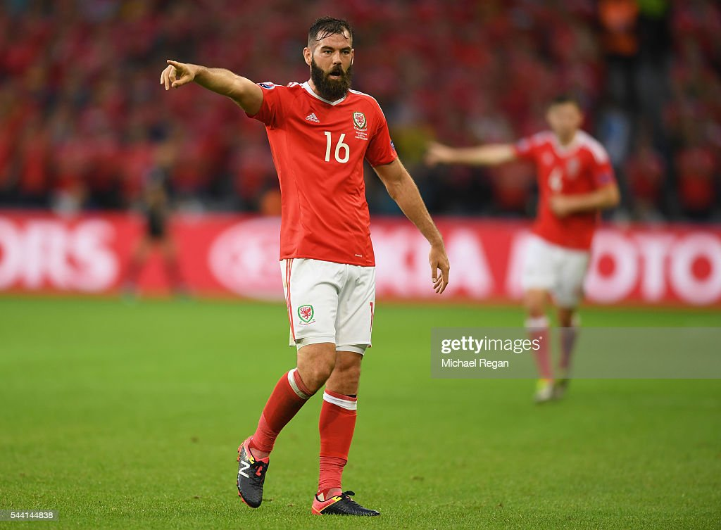 <a gi-track='captionPersonalityLinkClicked' href=/galleries/search?phrase=Joe+Ledley&family=editorial&specificpeople=687410 ng-click='$event.stopPropagation()'>Joe Ledley</a> of Wales gestures during the UEFA EURO 2016 quarter final match between Wales and Belgium at Stade Pierre-Mauroy on July 1, 2016 in Lille, France.