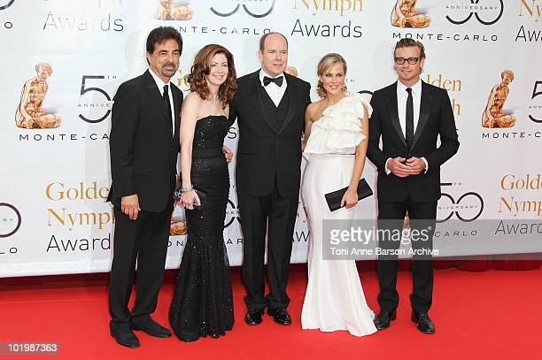 10 Joe Mantegna Dana Delany HSH Prince Albert II of Monaco Julie Benz and Simon Baker Pose pose at the Monte Carlo TV Festival Closing Ceremony at...
