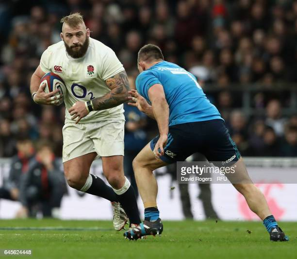 Joe Marler of England takes on Simone Favaro during the RBS Six Nations match between England and Italy at Twickenham Stadium on February 26 2017 in...