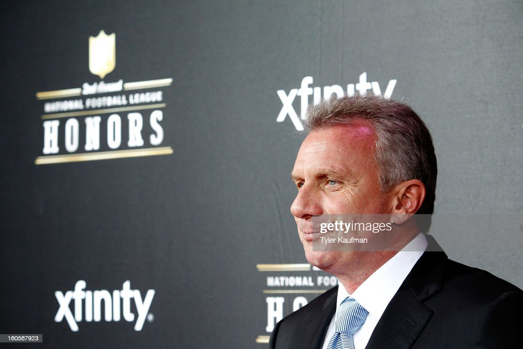 <a gi-track='captionPersonalityLinkClicked' href=/galleries/search?phrase=Joe+Montana&family=editorial&specificpeople=206967 ng-click='$event.stopPropagation()'>Joe Montana</a> attends the 2nd Annual NFL Honors at the Mahalia Jackson Theater on February 2, 2013 in New Orleans, Louisiana.