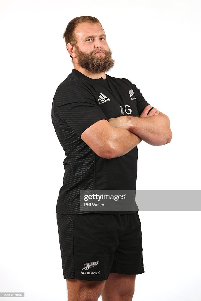 <a gi-track='captionPersonalityLinkClicked' href=/galleries/search?phrase=Joe+Moody+-+Rugby+Union-spelare&family=editorial&specificpeople=15162118 ng-click='$event.stopPropagation()'>Joe Moody</a> of the All Blacks poses for a portrait during a New Zealand All Black portrait session on May 29, 2016 in Auckland, New Zealand.
