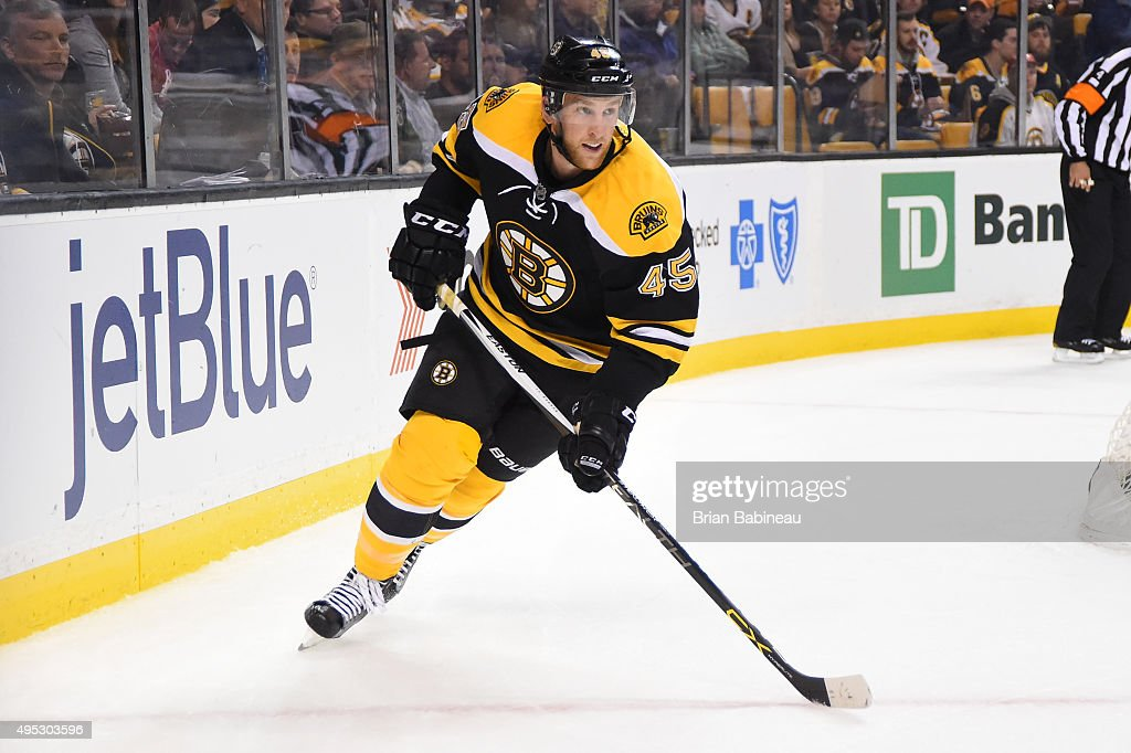 Joe Morrow of the Boston Bruins skates against the Arizona Coyotes at the TD Garden on October 27 2015 in Boston Massachusetts