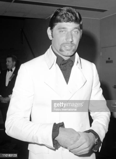 Joe Namath of the New York Jets arrives for The Second Annual Academy Of Professional Sports Awards Show on February 19 1969 at the NBC Studiosin...