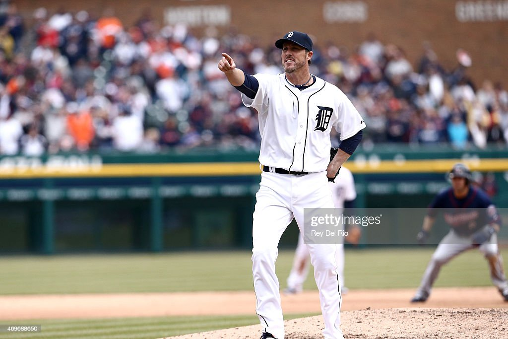 Joe Nathan #36 of the Detroit Tigers reacts to a pitch against the Minnesota Twins at Comerica Park on Monday, April 6, 2015 in Detroit, .