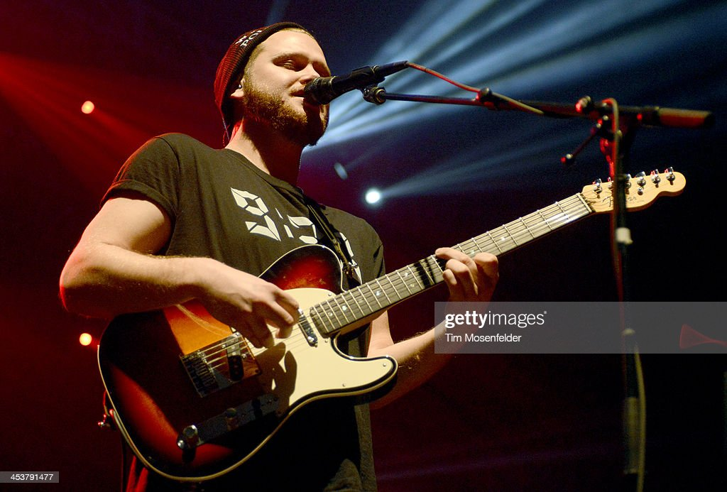 Joe Newman of Alt-J performs as part of Radio 94.7's Electric Christmas at Sleep Train Arena on December 4, 2013 in Sacramento, California.