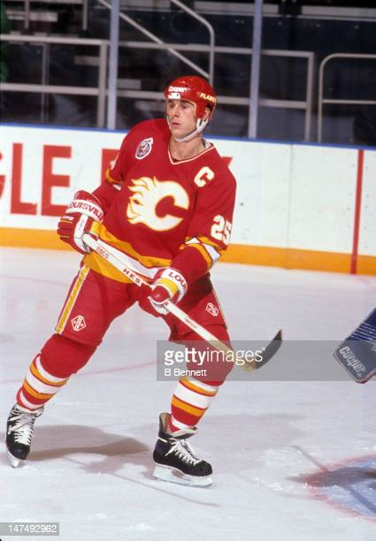 Joe Nieuwendyk of the Calgary Flames skates on the ice during an NHL game against the New York Rangers on December 15 1992 at the Madison Square...