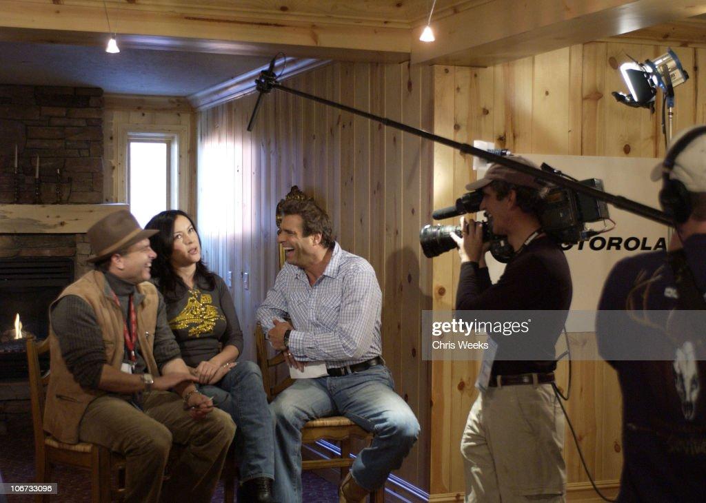 Joe Pantoliano Jennifer Tilly during 2004 Sundance Film Festival Got Steamers Motorola Lodge Day 2 at Motorola Cafe in Deer Valley Utah United States