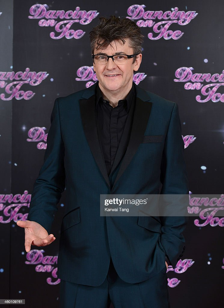 <a gi-track='captionPersonalityLinkClicked' href=/galleries/search?phrase=Joe+Pasquale&family=editorial&specificpeople=490959 ng-click='$event.stopPropagation()'>Joe Pasquale</a> attends the series launch photocall for 'Dancing on Ice' held at the London Studios on January 2, 2014 in London, England.
