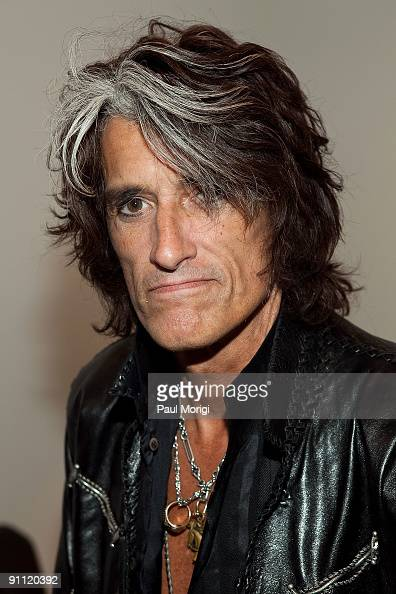 Joe Perry cofounder of Aerosmith backstage at 'Rock Stars of Science' sponsored by Geoffrey Beene Foundation ResearchAmerica to engage heath and...