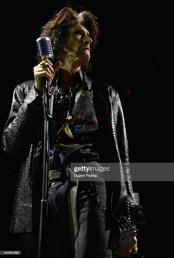<a gi-track='captionPersonalityLinkClicked' href=/galleries/search?phrase=Joe+Perry+-+Musician&family=editorial&specificpeople=13600677 ng-click='$event.stopPropagation()'>Joe Perry</a> of Aerosmith at the 2014 Gibson Brands AP Music Awards at the Rock and Roll Hall of Fame and Museum on July 21, 2014 in Cleveland, Ohio.