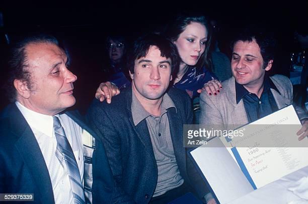 Joe Pesci Robert De Niro Jake LaMotta at the NY Film Critics Circle award to Joe Pesci for 'Raging Bull' 1980 New York