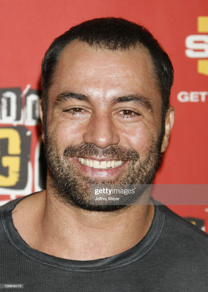 <a gi-track='captionPersonalityLinkClicked' href=/galleries/search?phrase=Joe+Rogan&family=editorial&specificpeople=206681 ng-click='$event.stopPropagation()'>Joe Rogan</a> during Spike TV's 2006 Video Game Awards - Arrivals at The Galen Center in Los Angeles, California, United States.