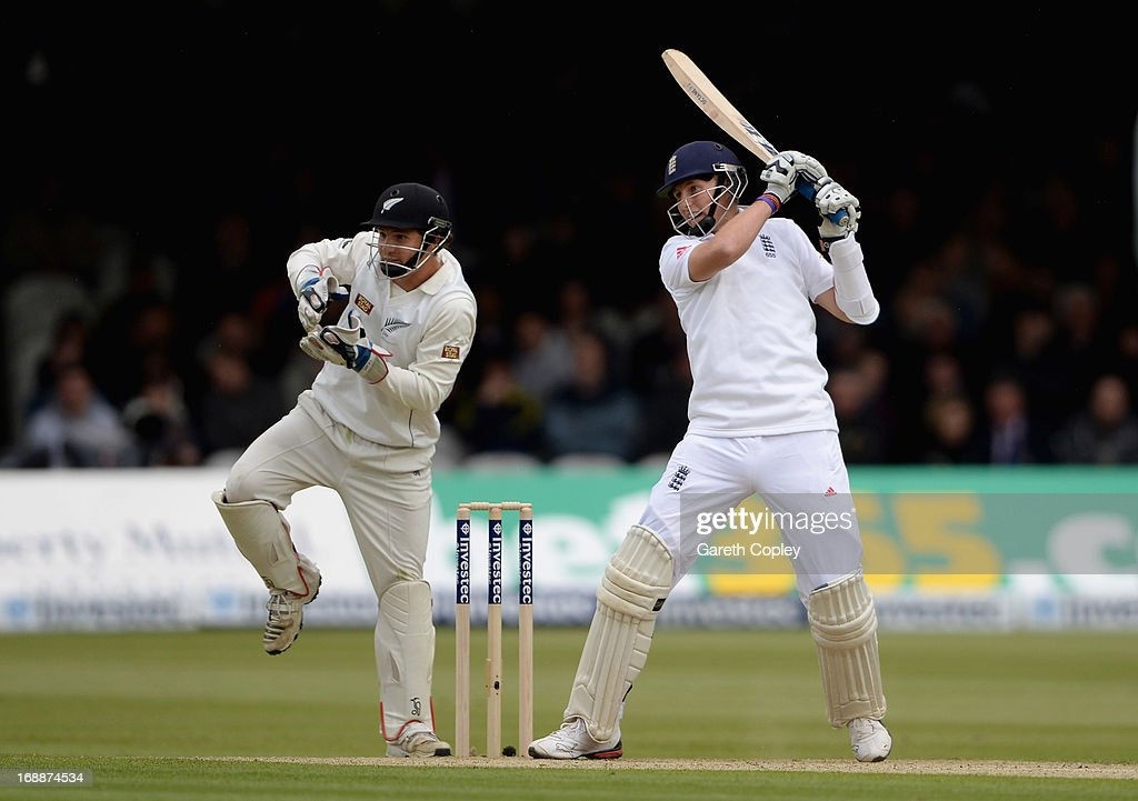 <a gi-track='captionPersonalityLinkClicked' href=/galleries/search?phrase=Joe+Root&family=editorial&specificpeople=6688996 ng-click='$event.stopPropagation()'>Joe Root</a> of England bats during day one of 1st Investec Test match between England and New Zealand at Lord's Cricket Ground on May 16, 2013 in London, England.