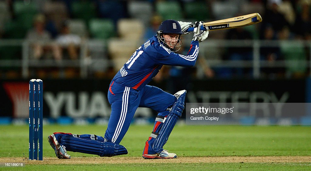 <a gi-track='captionPersonalityLinkClicked' href=/galleries/search?phrase=Joe+Root&family=editorial&specificpeople=6688996 ng-click='$event.stopPropagation()'>Joe Root</a> of England bats during the second match of the international Twenty20 series between New Zealand and England at McLean Park on February 20, 2013 in Napier, New Zealand.