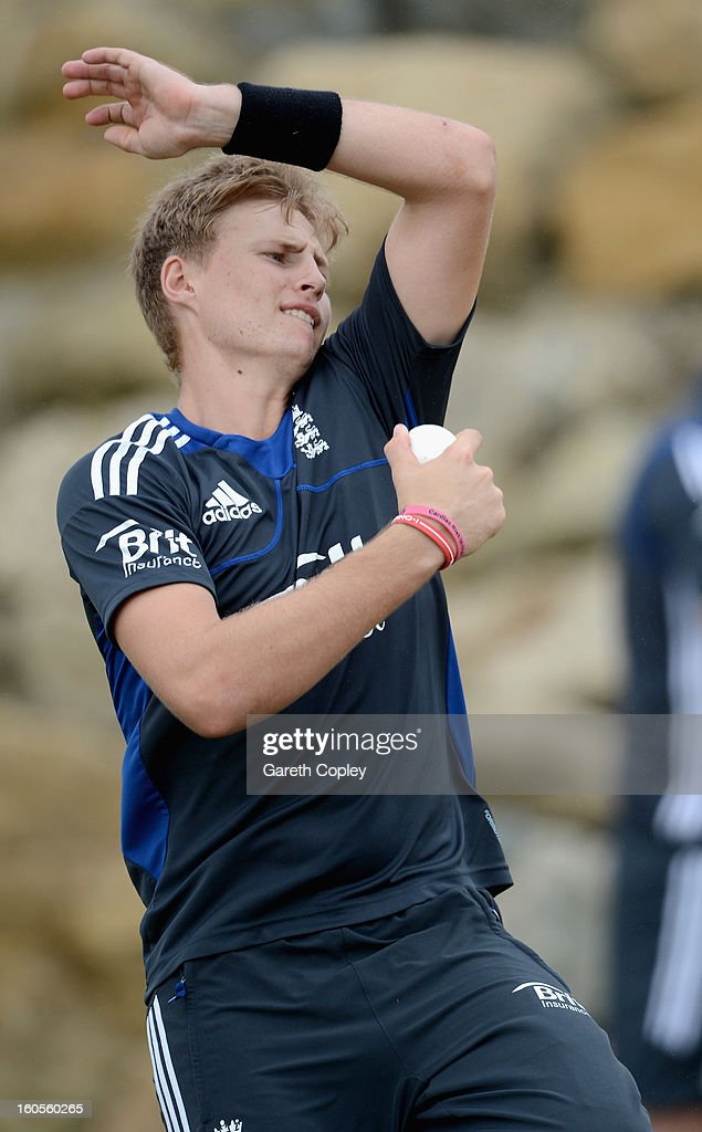 <a gi-track='captionPersonalityLinkClicked' href=/galleries/search?phrase=Joe+Root&family=editorial&specificpeople=6688996 ng-click='$event.stopPropagation()'>Joe Root</a> of England bowls during a nets session at Cobham Oval on February 3, 2013 in Whangarei, New Zealand.