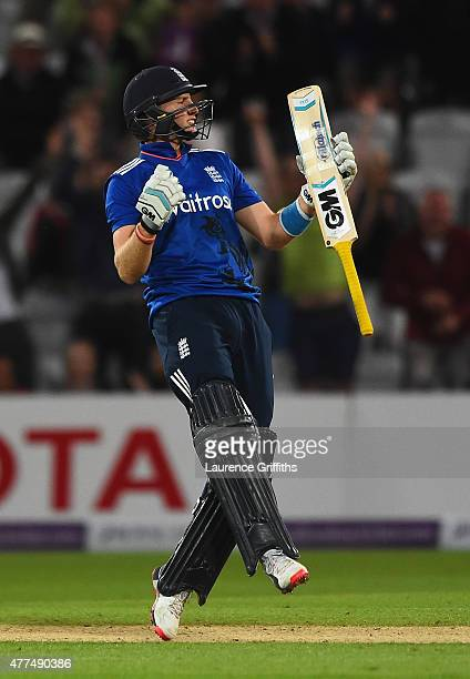 Joe Root of England celebrates scoring the winning runs during the 4th ODI Royal London OneDay International between England and New Zealand at Trent...