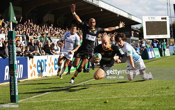 Joe Simpson of London Wasps dives over to score the opening try during the Heineken Cup match between London Wasps and Glasgow Warriors at Adam Park...