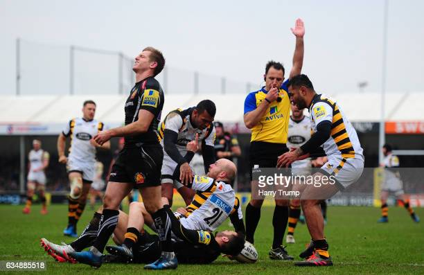 Joe Simpson of Wasps celebrates his sides try during the Aviva Premiership match between Exeter Chiefs and Wasps at Sandy Park on February 12 2017 in...