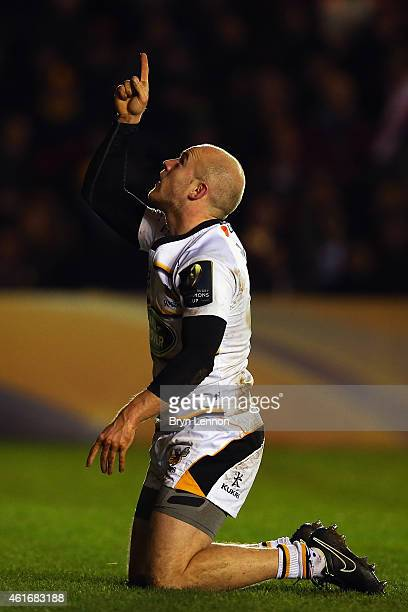 Joe Simpson of Wasps celebrates scoring their second try during the European Rugby Champions Cup match between Harlequins and Wasps at Twickenham...