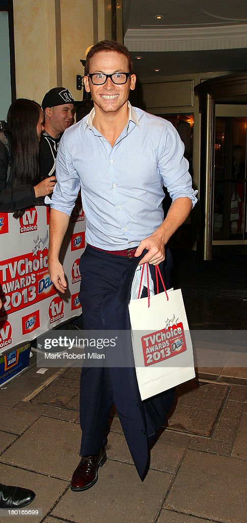 <a gi-track='captionPersonalityLinkClicked' href=/galleries/search?phrase=Joe+Swash&family=editorial&specificpeople=839682 ng-click='$event.stopPropagation()'>Joe Swash</a> leaving the TV Choice awards ceremony held at the Dorchester hotel on September 9, 2013 in London, England.
