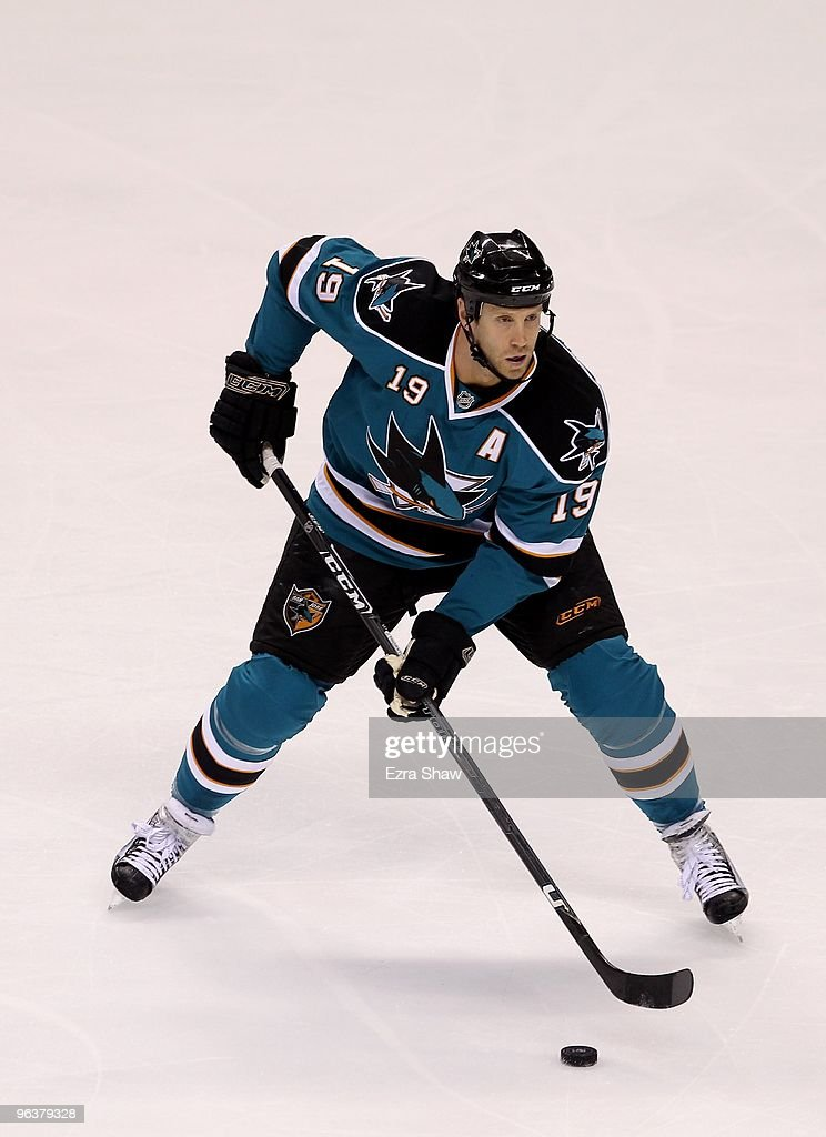 <a gi-track='captionPersonalityLinkClicked' href=/galleries/search?phrase=Joe+Thornton&family=editorial&specificpeople=201829 ng-click='$event.stopPropagation()'>Joe Thornton</a> #19 of the San Jose Sharks in action during their game against the Buffalo Sabres at HP Pavilion on January 23, 2010 in San Jose, California.
