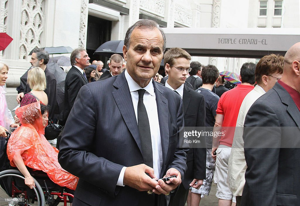 <a gi-track='captionPersonalityLinkClicked' href=/galleries/search?phrase=Joe+Torre&family=editorial&specificpeople=204583 ng-click='$event.stopPropagation()'>Joe Torre</a> attends the funeral service for Marvin Hamlisch at Temple Emanu-El on August 14, 2012 in New York City. Hamlisch died in Los Angeles on August 6, 2012 at age 68. In his long and distinguished career, the music man had received a Pulitzer Prize as well as the Oscar, Tony, Emmy and GRAMMY.