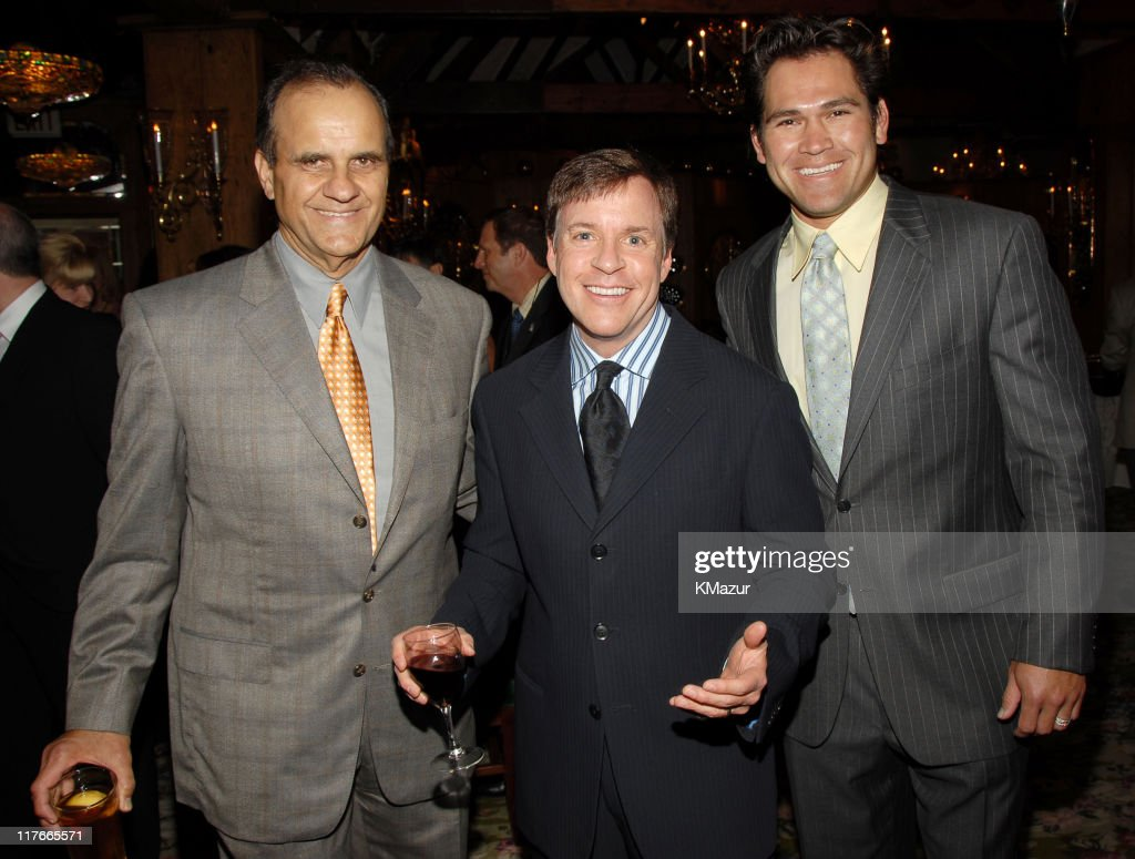 Joe Torre New York Yankees Manager Bob Costas and Johnny Damon of the New York Yankees