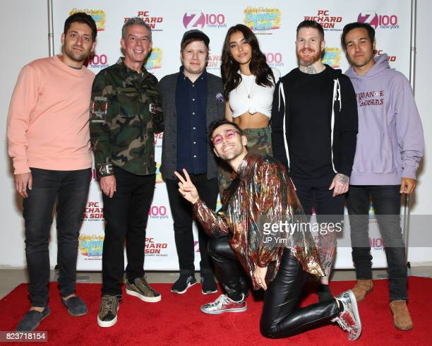 Joe Trohman Elvis Duran Patrick Stump Madison Beer Andy Hurley and Pete Wentz and singer Max attend Elvis Duran's 2017 Summer Bash at the Pennsy...