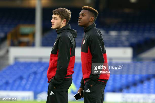 Joel Asoro and Elliot Emblemton of Sunderland look around the pitch prior to the Carabao Cup third round match between Everton and Sunderland at...