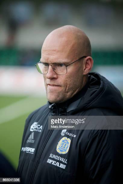 Joel Cedergren head coach of GIF Sundsvall during the Allsvenskan match between GIF Sundsvall and IFK Norrkoping at Idrottsparken on October 22 2017...