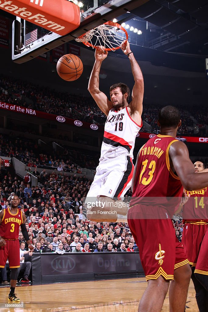 Joel Freeland #19 of the Portland Trail Blazers dunks against the Cleveland Cavaliers on January 16, 2013 at the Rose Garden Arena in Portland, Oregon.
