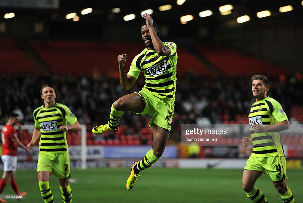 Joel Grant Of Yeovil Town celebrates scoring Yeovil's 1st goal during the Sky Bet Championship match between Charlton Athletic and Yeovil Town at The...