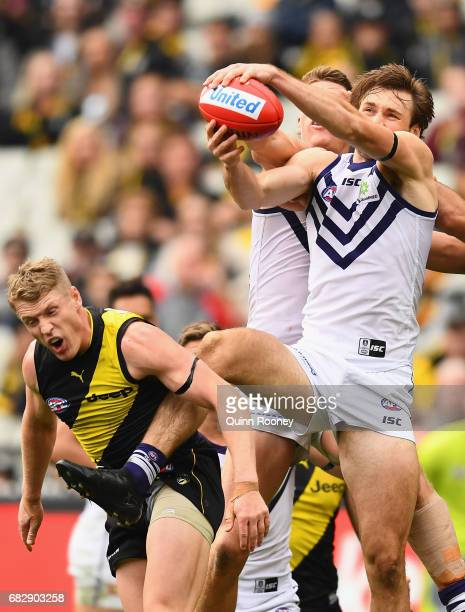 Joel Hamling of the Dockers marks during the round eight AFL match between the Richmond Tigers and the Fremantle Dockers at Melbourne Cricket Ground...